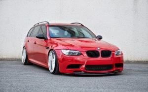 BMW_E91_M3_RED_stance_3